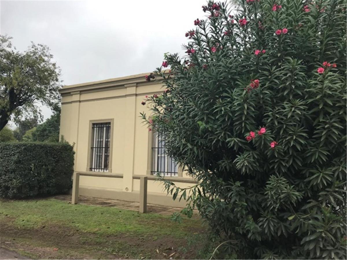 casa antigua en venta en el centro manzanares pilar
