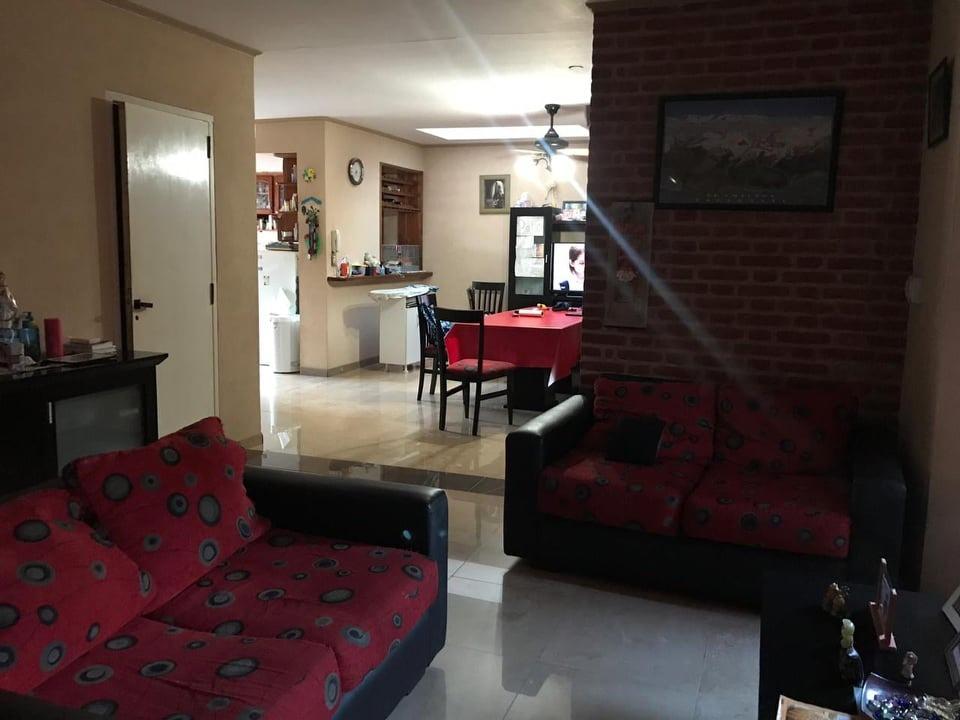 casa apto credito en ituzaingo de 4 ambientes, of 1561