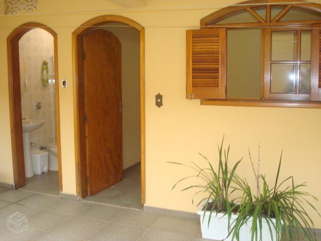 casa assobradada 2 suítes 1 hidro dupla salão próx. centro