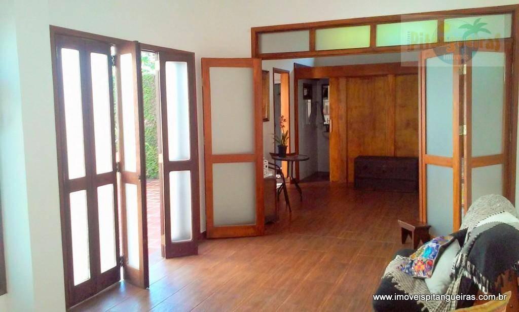 casa assobradada na enseada - 1967,92 m² úteis - 5 vagas de garagem. - ca0086