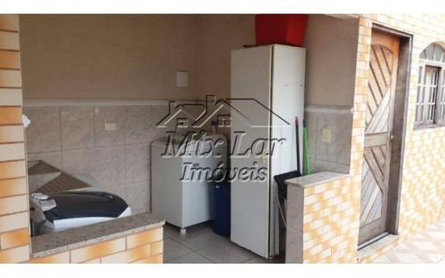 casa assobradada no bairro km 18 - osasco - sp, com 250 m² de área construída sendo 2 dormitórios com 1 suíte , sala, cozinha, 2 banheiros e 2 vagas de garagens