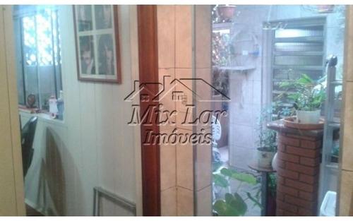 casa assobradada no bairro vila ayrosa- osasco - sp, com 125 m² de área construída sendo 2 dormitórios , sala, cozinha, 2 banheiros e 1 vaga de garagem. whatsapp mix lar imóveis  9.4749-4346 .