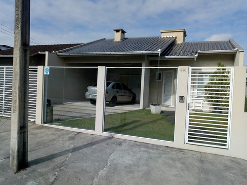 casa averbada com 01 suite + 02 dorm- com móveis planejados.
