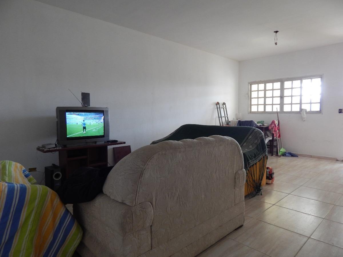 casa bairro helena novaes a venda na praia de peruíbe.