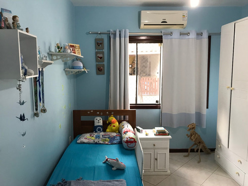 casa  bairro jdguanabara, 4 qts, 2 banheiros, 1 suite.