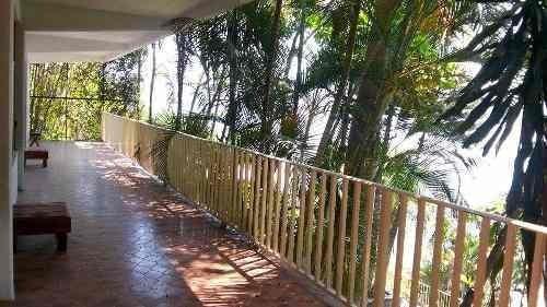 casa bambú tequesquitengo morelos