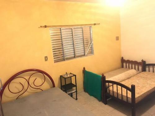 casa barata com 2 quartos na praia de itanhaém