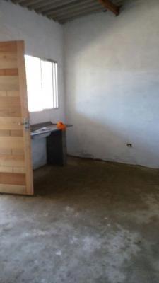 casa barata, com 2 quartos, na praia de itanhaém.