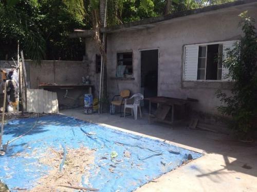 casa barata com escritura lado praia em itanhaém.