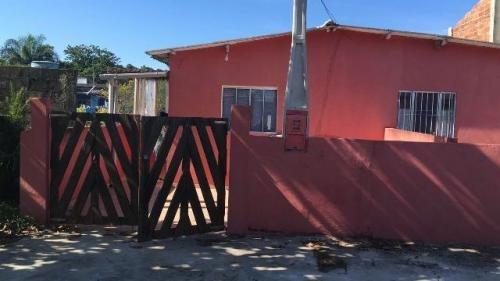 casa barata com escritura na praia em ótimo bairro!