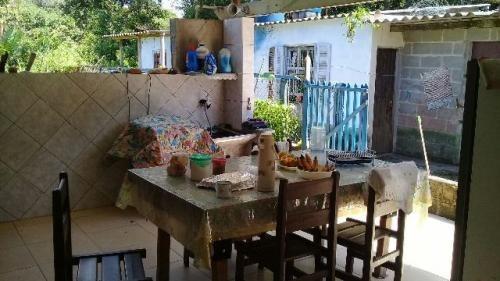 casa barata com laje, lote amplo, na praia de itanhaém!
