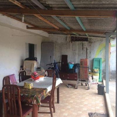 casa barata com lote grande na praia de itanhaém!