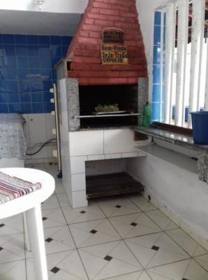 casa barata em mongaguá! com 02 quartos. escriturada.