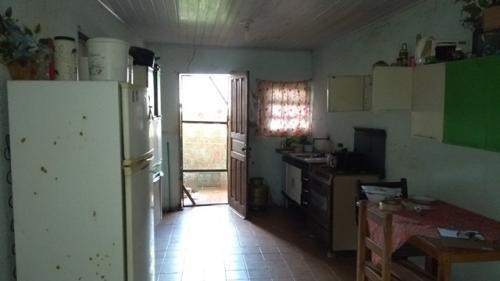 casa barata lado praia, rua calçada, 4 quartos!