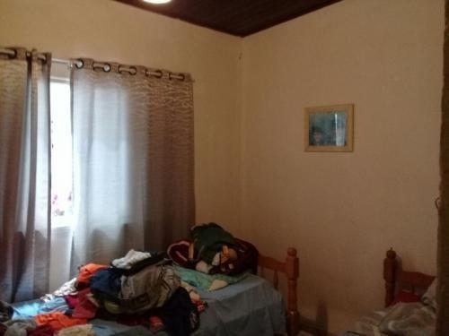 casa barata na praia, 2 quartos, rua calçada!