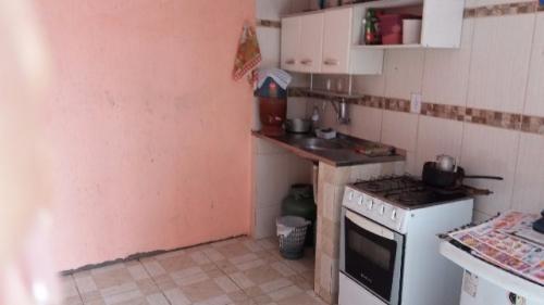 casa barata na praia com 2 quarto,em itanhaém/sp