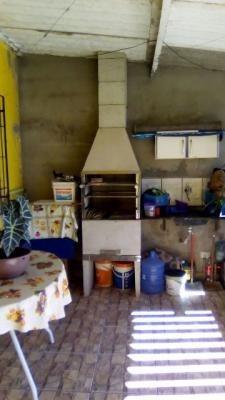 casa barata na praia em bairro de moradores!