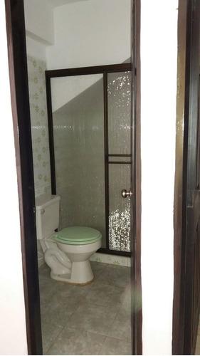 casa bifamiliar en venta en occidente de armenia.