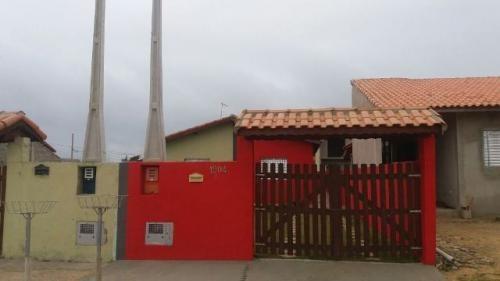 casa c/ 2 dormitórios à 900 metros do mar, itanhaém-sp!!!