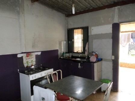 casa c 2 qts ch 127 shsn abaixo da f. do produtor c/ esgoto