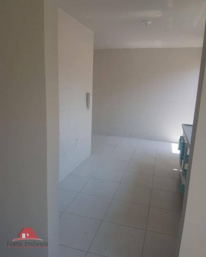 casa c/ 3 dormitórios sendo 2 suítes no centro de campo grande  rj - ca0033