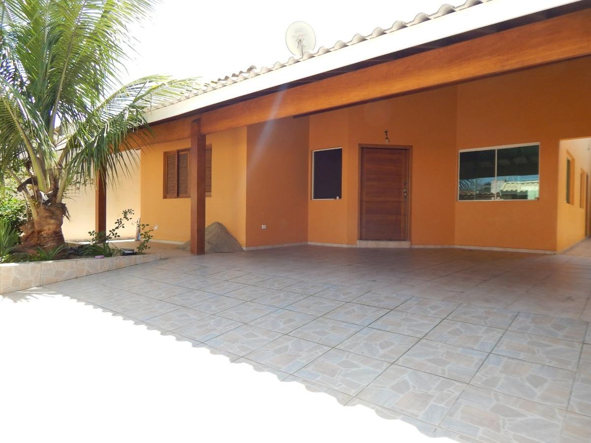 casa c/ piscina a venda na praia de peruíbe