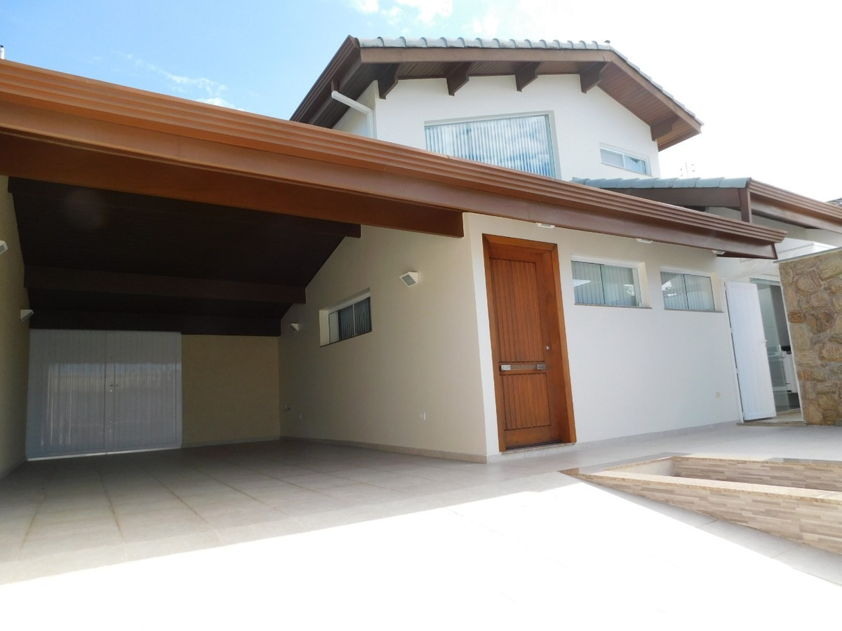 casa c/ piscina bairro imperador à venda na praia de peruíbe