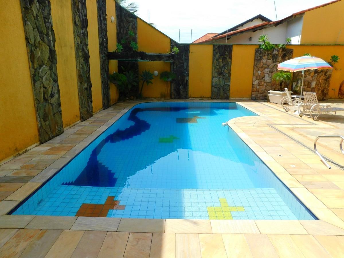 casa c/ piscina bairro nobre a venda na praia de peruíbe