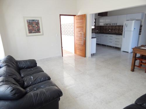 casa c/ piscina e mobiliada a 200 mt do mar em peruíbe