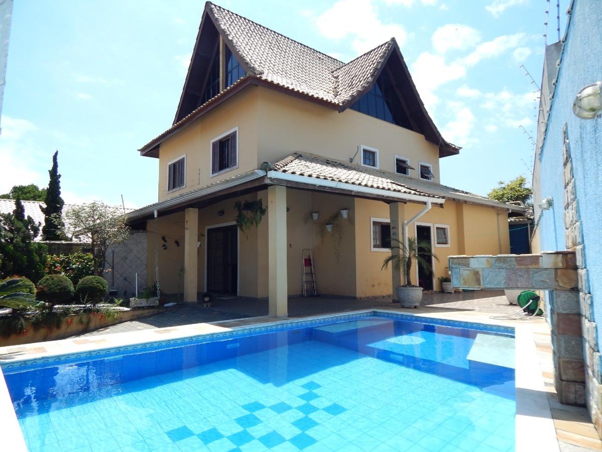 casa c/ piscina no centro a venda na praia de peruíbe
