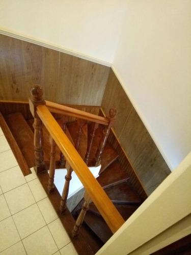 casa - caisamar - 3 dormitorios - esquina
