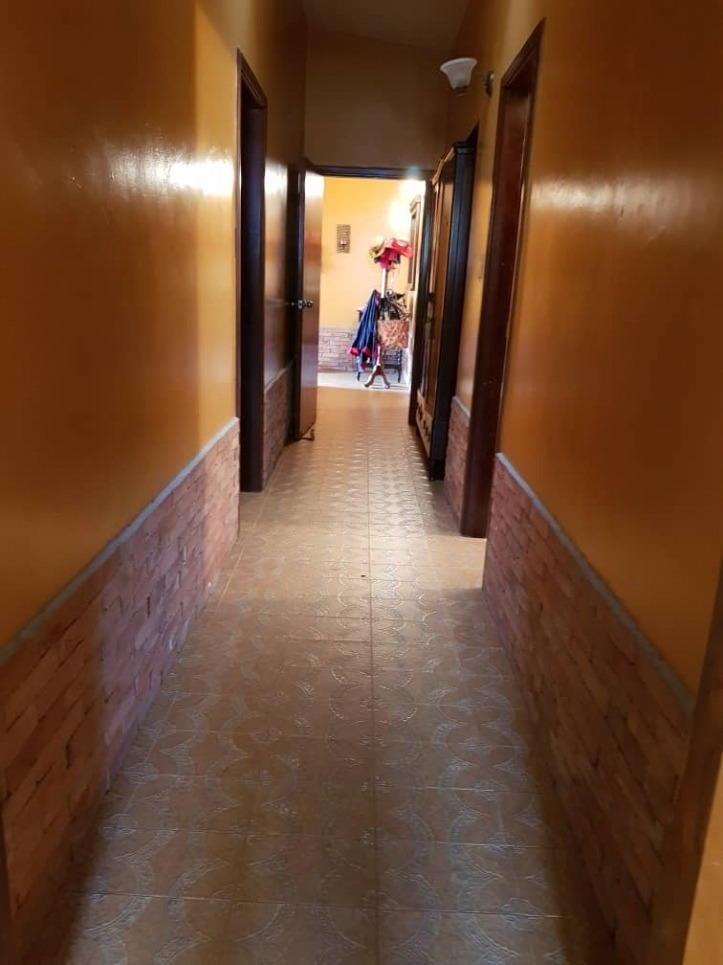 casa  calle cerrada y pozo. wc