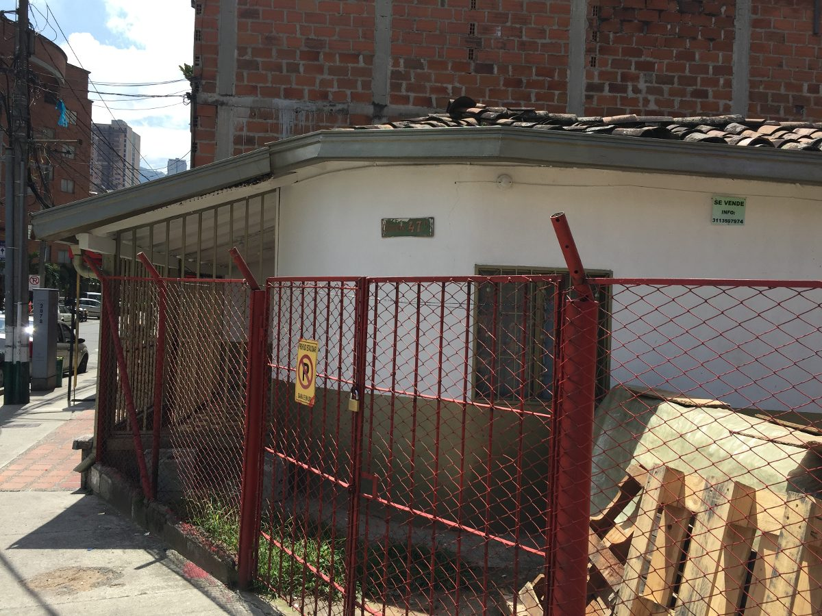 casa calle larga sabaneta cod.488030