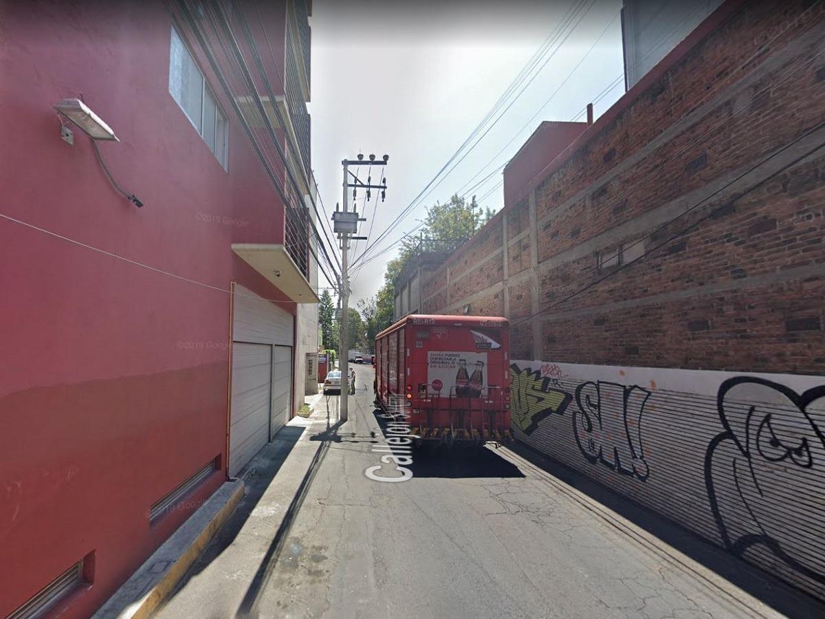 casa callejón santísima cerca plaza universidad remate gs w