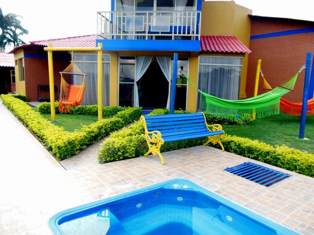 casa campestre 6 habitaciones cerritos pereira colombia