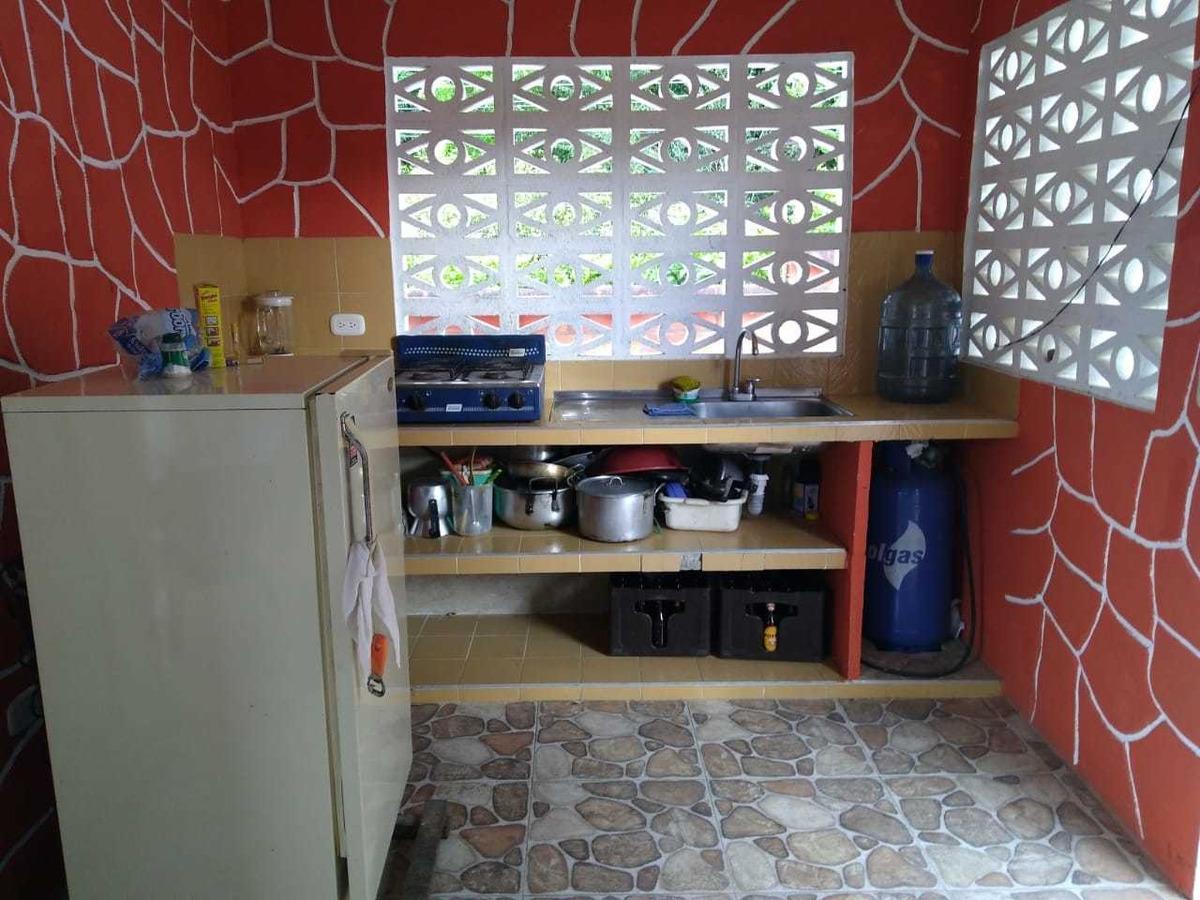 casa campestre en carmen de apicala
