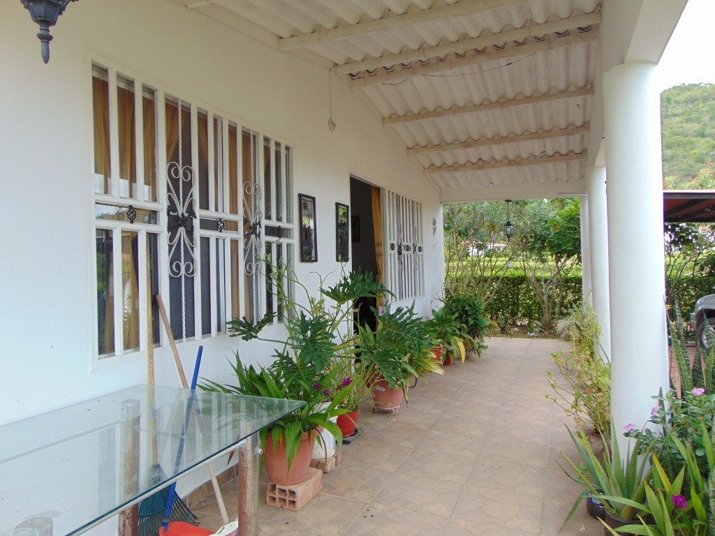 casa campestre en condominio carmen apicalá vía pradera