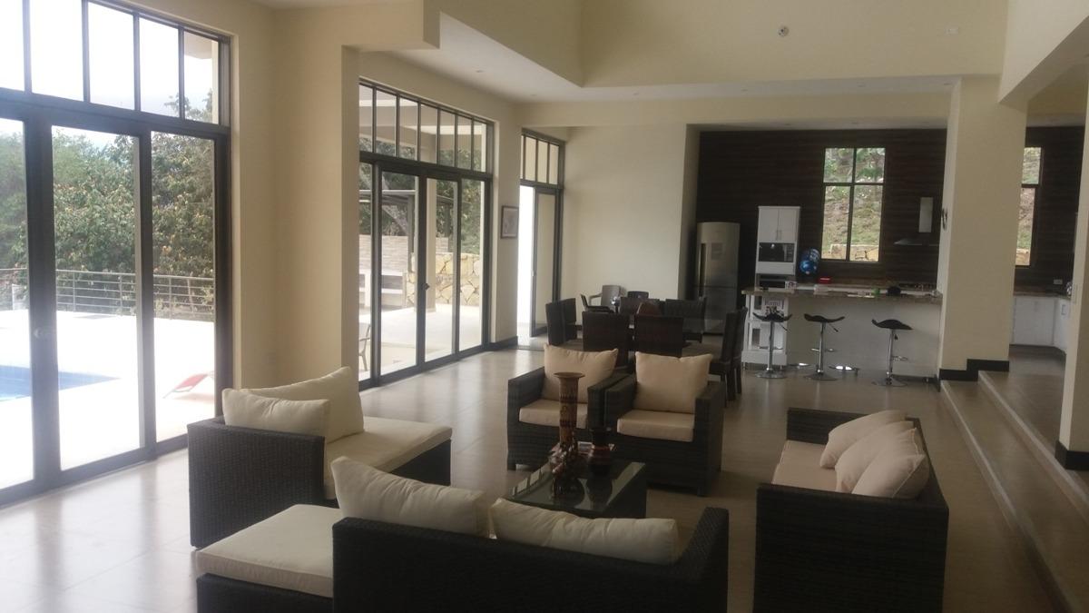 casa campestre en exclusivo condominio campestre