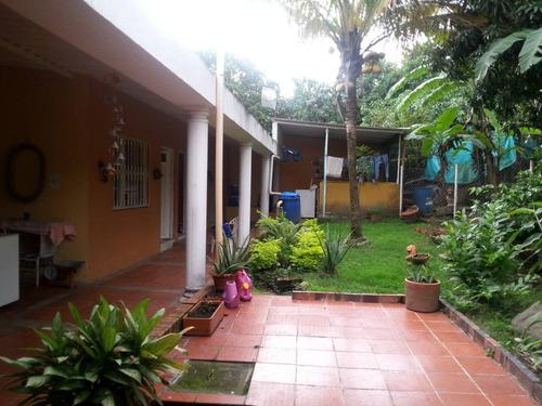casa campestre en zona residencial urbana