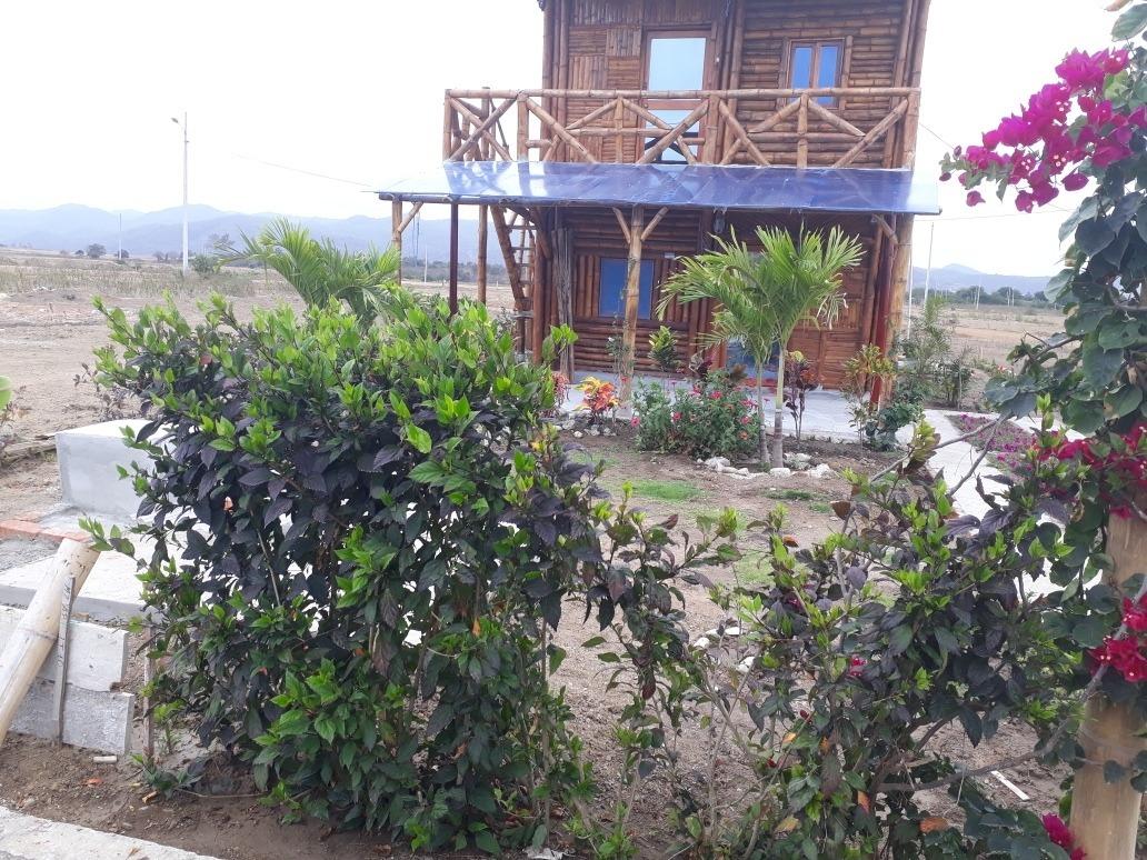 casa cayo beach