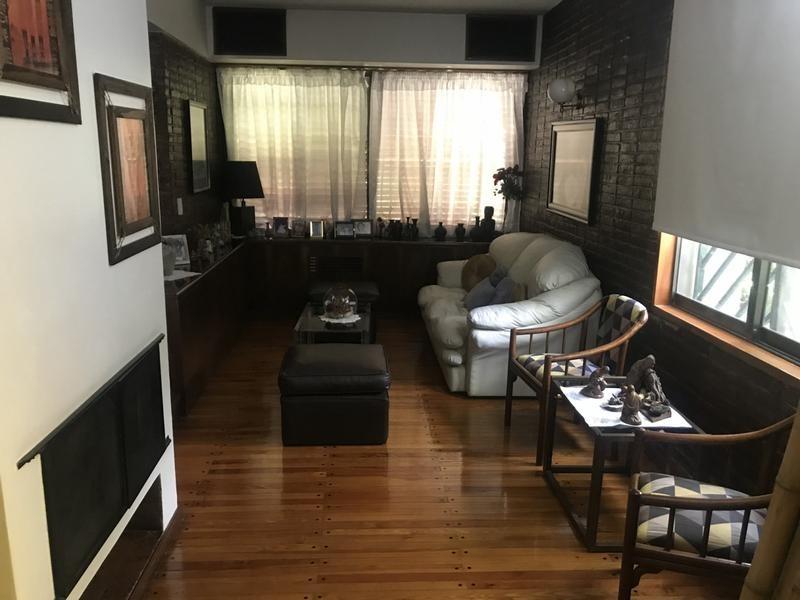 casa céntrica en adrogué