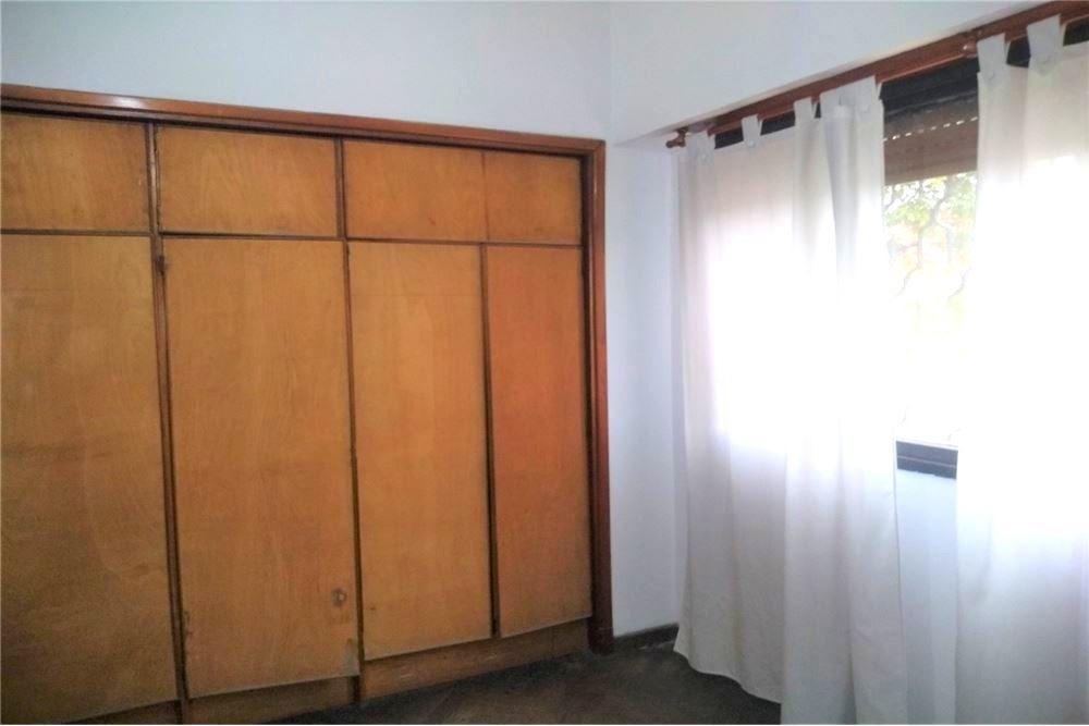 casa chalet 3 ambientes con garaje y patio