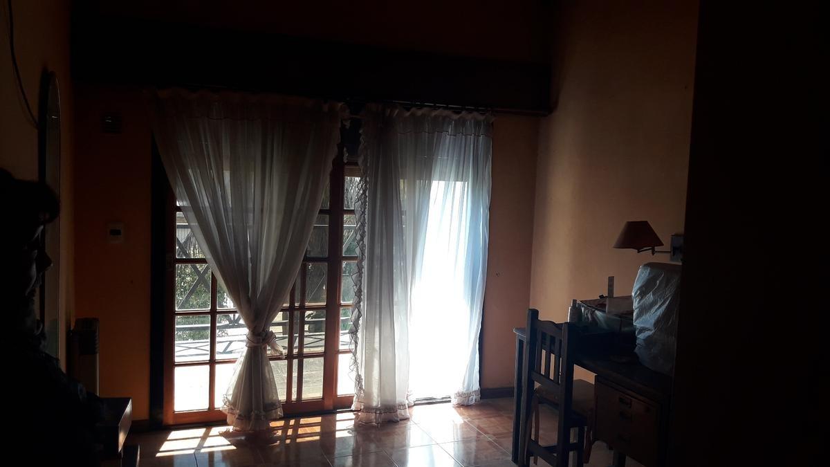 casa - chalet 5 ambientes - moreno