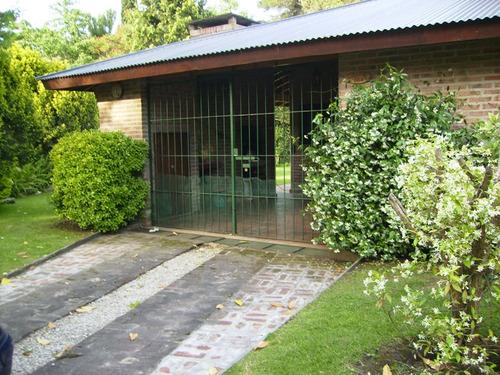 casa- chalet con jardín y parrilla pinamar
