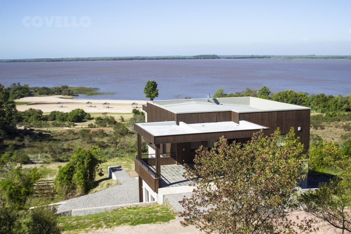 casa chic carmelo + vista al rio  + medanos de punta gorda
