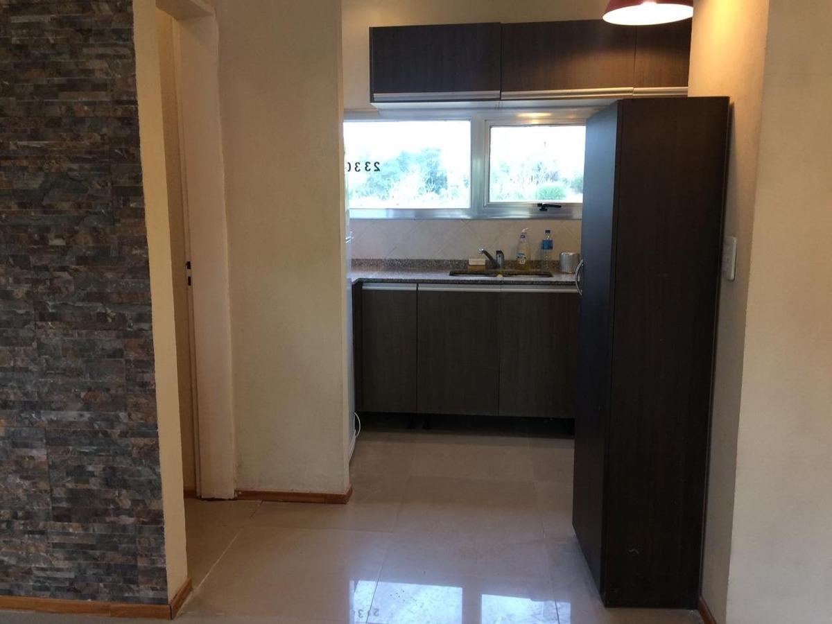 casa cómoda y funcional. 3 dormitorios + dependencia