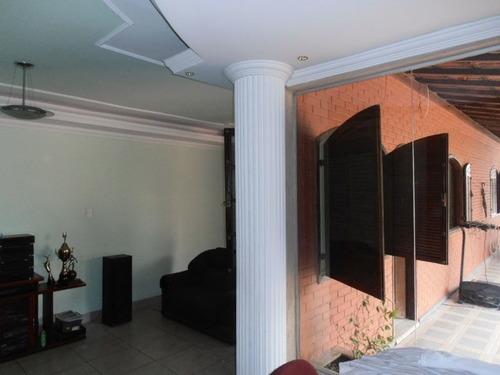 casa colonial 3 quartos no novo riacho - bhc759