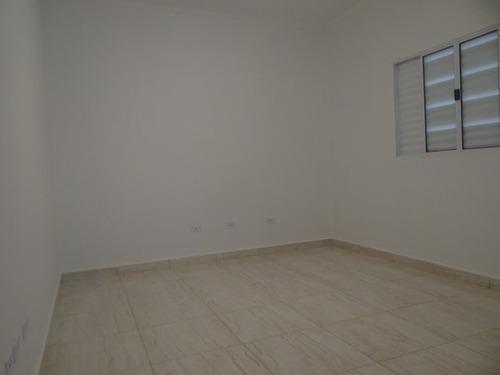 casa com 02 dormitórios em mongaguá r$ 180mil