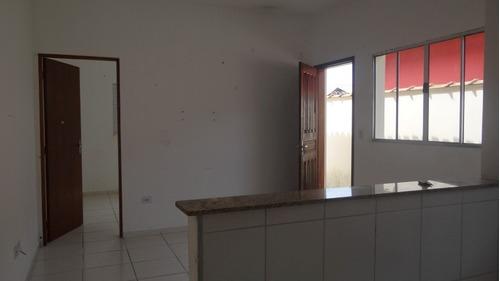 casa com 02 dormitórios à venda em mongaguá, r$ 150 mil