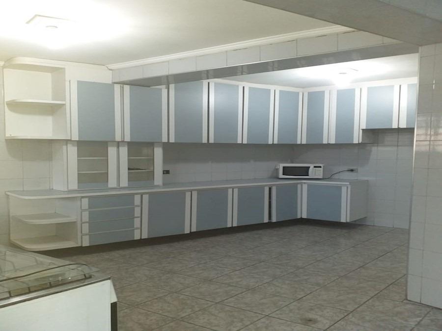 casa com 03 dormitórios e 01 vaga de garagem - jardim veloso  - 11477